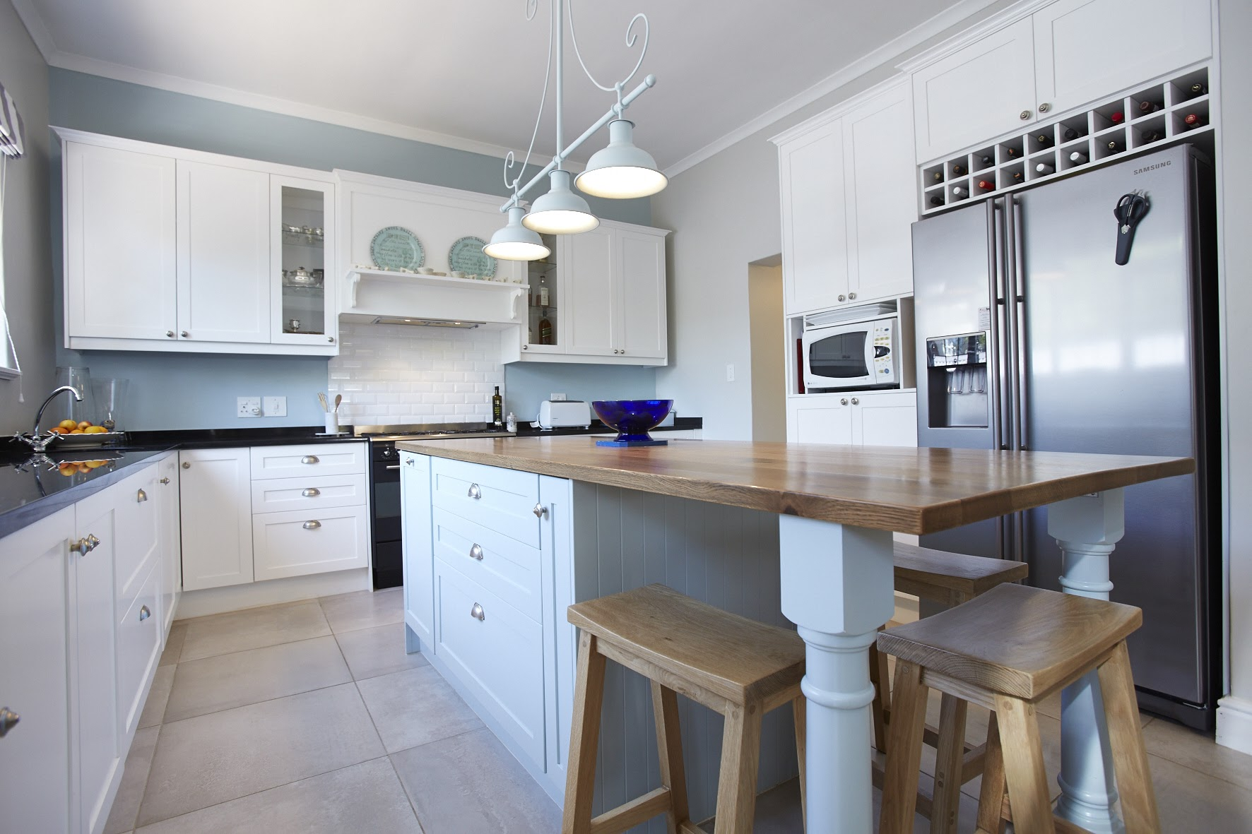 De Cluttering And Organising Your Kitchen Core Quality Kitchen